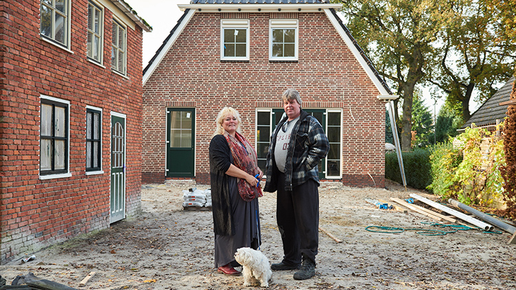 Measuring The Impact Of Earthquakes In Groningen Shell